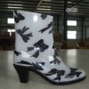 ladie's rain shoes