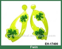 Latest fashion Jewelry acrylic flower earrings with beaed