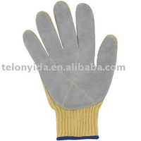 cut resistant gloves(palm reinforced with leather)