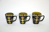 Graphic Mug with Silk print Diamond pattern