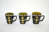 Graphic Mug with Silk print Diamond pattern