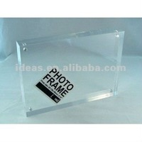 ISO certificated clear acrylic photo frames wholesale