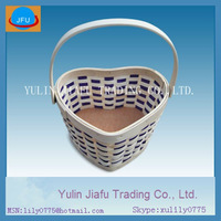 Fashion nature & black colour heart-shaped wooden chip basket