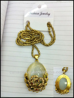 2012 new fashion necklace big fashion elegant necklaces flower oval real cat's eye pendant