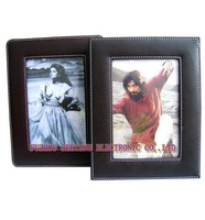 Family Leather Photo Frame SC8049