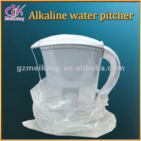 Health lift hot water pitcher