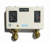 Q Series Dual Pressure Controls switch