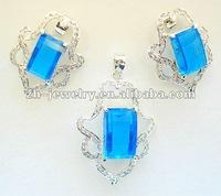 bule crystal pendant jewelry