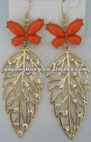2012 fashion leaf shape earrings