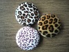 COMPACT MIRROR WITH LEOPARD PRINT