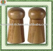 bamboo salt and pepper shaker