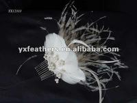 Wedding fascinator on metal comb