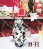 BH070617 olive shape sandblasting mouth blown vase with flower pattern