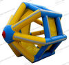 2013 exciting inflatable water wheel