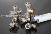 Compression fitting for pe(x)-al-pe(x) composite pipe