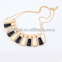 The trend of color Necklace