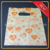small beautiful heart-shaped printing plastic pe gift bag with die cut handle