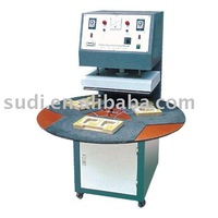 Auto plastic sealing machine