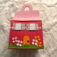 handmade felt house model toy