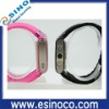 China cheap waterproof shockproof Hand watch mobile phone
