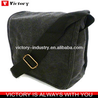 Promotional canvas messenger bag whoelsale