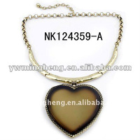 Fashion resin alloy necklace heart shape lead and nickle free