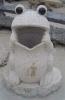 outdoor frog stone dustbin