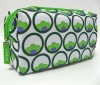 2012 fashion green carry-home cosmetic purse with a zipper