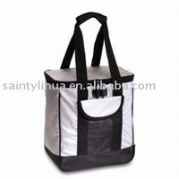 Cooler Bag with Front Flat Pocket, Made of 600D Polyester