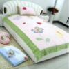 100% cotton jardin quilt