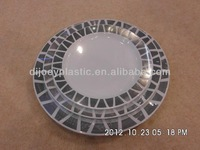 "7.5"" disposable round plastic charger plates"