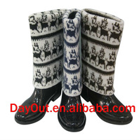 Fashion raining boots with upper PU/sweater
