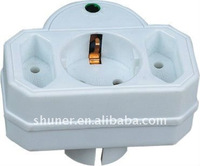 Shuner European travel adapter
