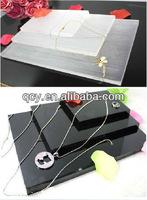 Elegant Acrylic Jewelry Stand QCY-WS-101