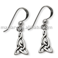 Traditional Celtic Weaver Knot Earrings CTE111