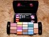 The black cute fashion rich makeup set