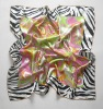 PRINTED SILK SCARF ON PINK