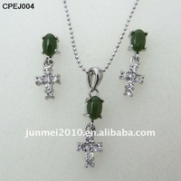 special design cross shape zircon emerald jewelry set