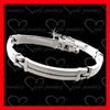 good looking and nice qualified locking stainless steel bracelet