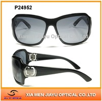 2012 latest fashion plastic sunglasses for women